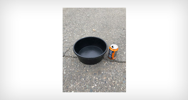 4 quart rubber flex tub for farming and agricultural applications